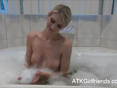 Amanda Tate has a bath now lets you cum on will not hear of tits