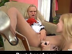 Dolly&Judith amazing pantyhose video